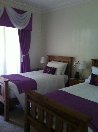 Inn the Tuarts Guest Lodge Busselton : Twin Bed Room