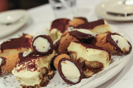 Muriale's Italian Kitchen: dessert