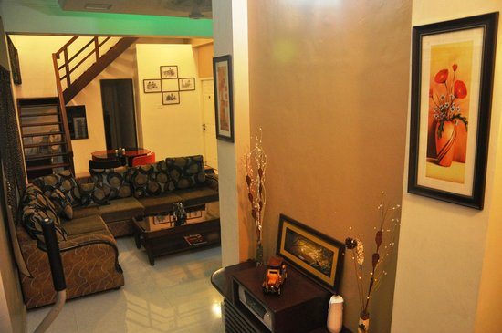 Bhuvi Serviced Apartments: Relaxing Area