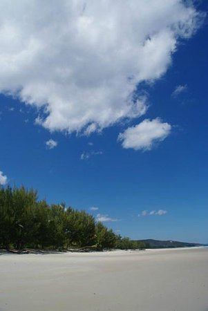 Natura Lodge Nosy Be : 14 km de plage quasi déserte