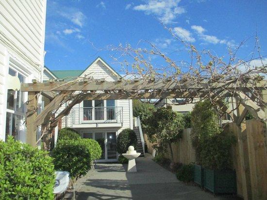 The Grange Guesthouse & Motel: motel