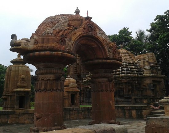 Mukteswara Temple: Side view of Torana from within the temple