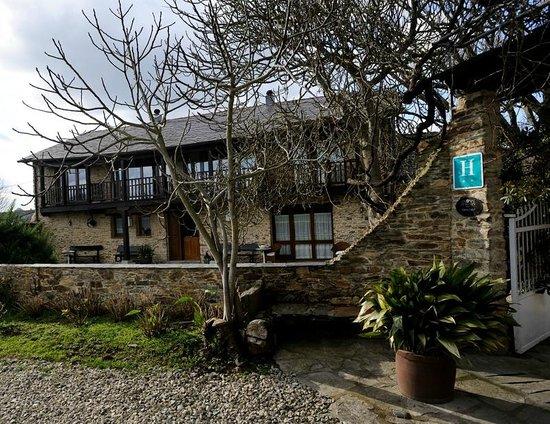 Casa Peleyón: Entrada al hotel