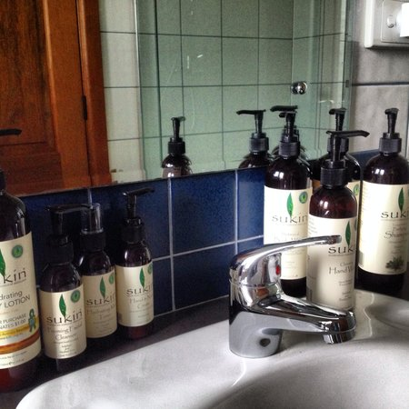 Kellers Bed & Breakfast: Organic & natural products in abundance