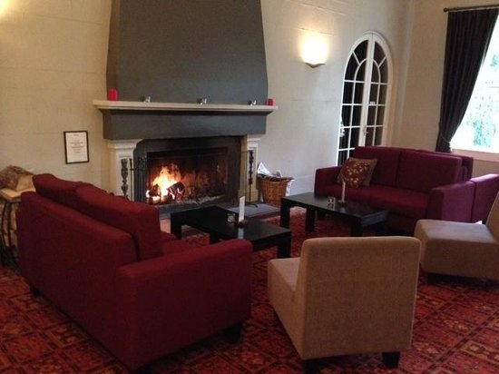 Heritage Hanmer Springs: relax by the fire