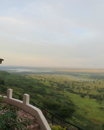 Kingfisher Lodge Kichwamba : Great rift valley