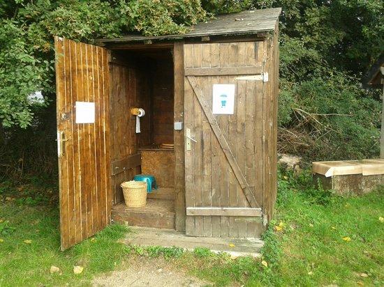 Eco-Domaine du Houvre: toilettes pour 25 personnes !