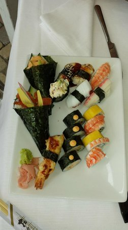 Figaro Restaurant & Sushi: temaki, uramaki e nigiri