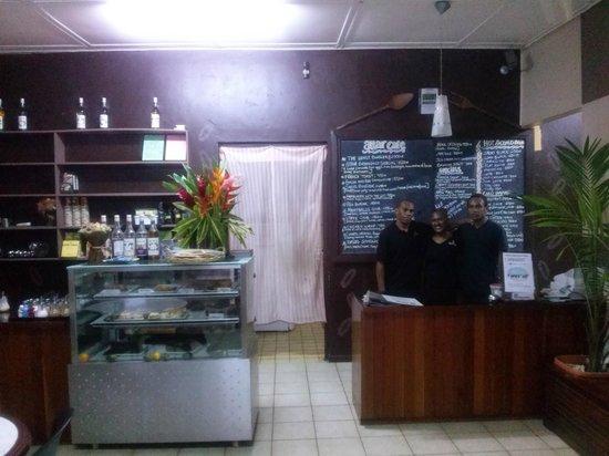 Attar Cafe: Friendly faces