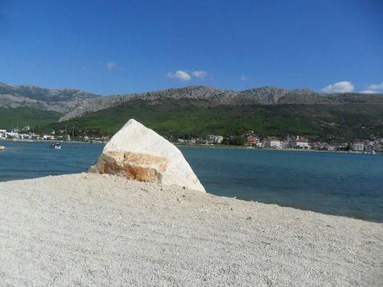 Camping Stobrec: Beach at campsite