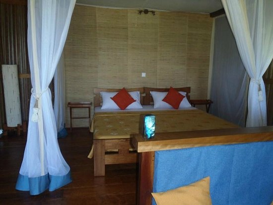 Natura Lodge Nosy Be : grands lits