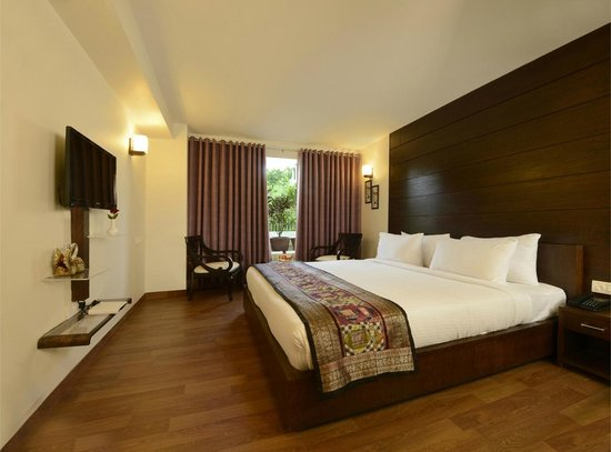 Agra Hotel Room Rate