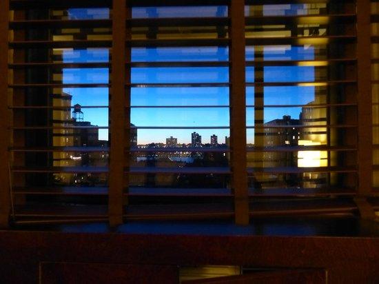 Hotel Belleclaire: vue sur le soleil couchant sur l'Hudson River