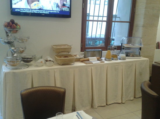 Hotel Central: Le buffet du petit déjeuner