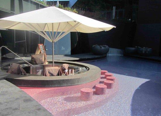 Hotel Sotelia: piscine externe