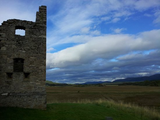 Ruthven Barracks 1