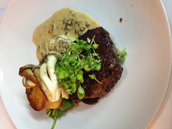 The Waterline Restaurant: Eye fillet with Duck Potato and Oysters