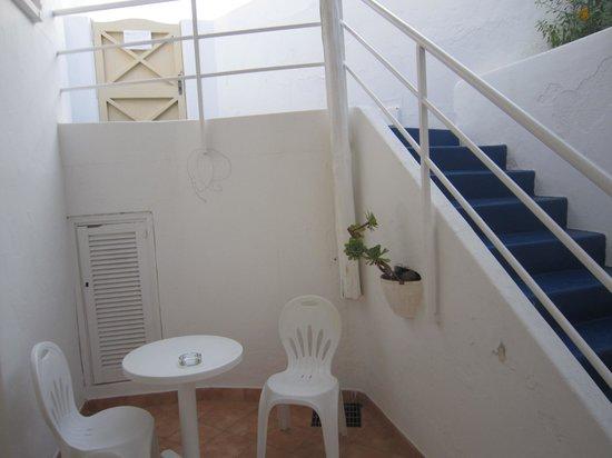 Hotel Ossidiana Stromboli: Terraza interior