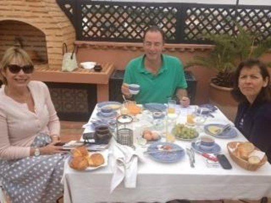 Riad l'Orangeraie : Great Breakfast