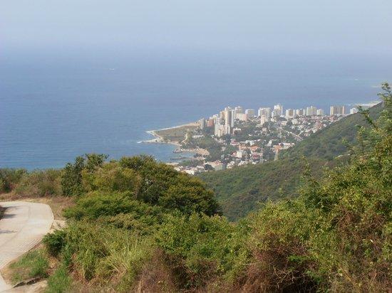 Caracas, Venezuela : Vista desde Galipan .