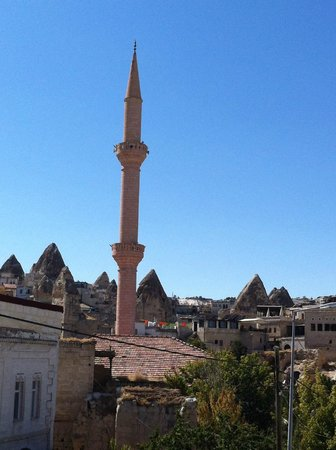 Caravanserai Cave Hotel: The mosque next door
