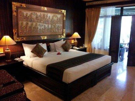 Hotel Tjampuhan & Spa: Deluxe Raja room