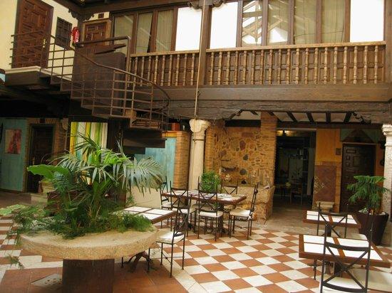La Casa del Rector: Detalle del Hotel (IV)