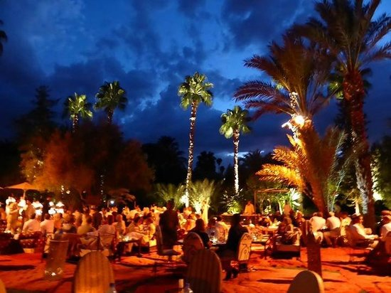 Dar Ayniwen Villa Hotel : dining under the stars