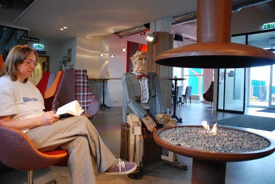Icelandair Hotel Reykjavik Marina: Lounge/reception area