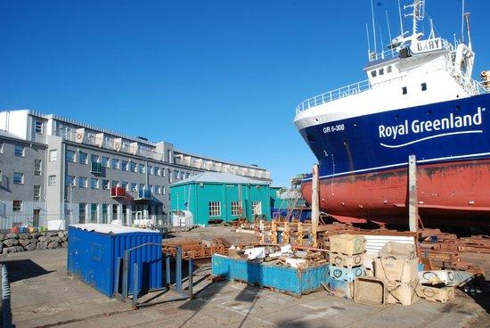 Icelandair Hotel Reykjavik Marina: Harbour location