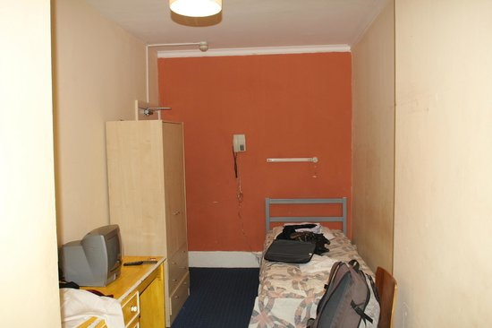 The Lonsdale Hotel: Room 19