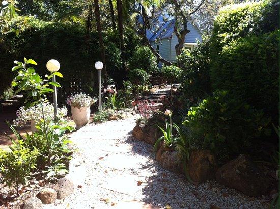 Old Church Restaurant: Courtyard gardens