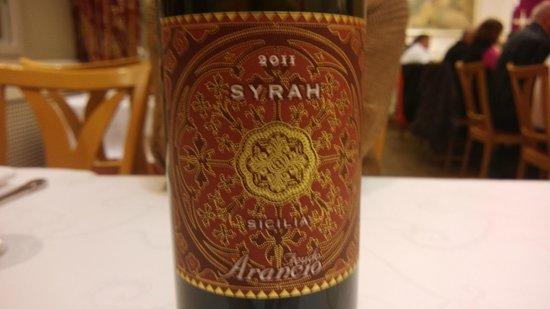 Restaurant am Chinesischen Turm: Syrah wine