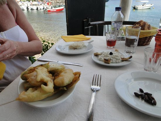 Nikolas Traditional Taverna: starters