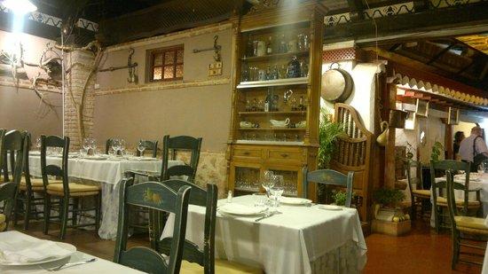 Restaurante El Corregidor: Interior del Salón (I)