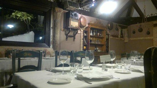 Restaurante El Corregidor: Interior del Salón (II)