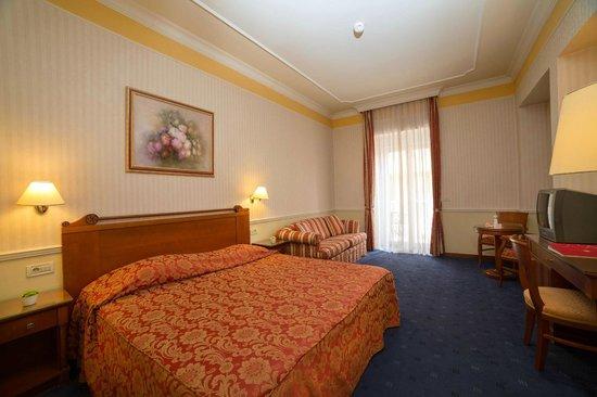 Grand Hotel 4 Opatijska Cvijeta
