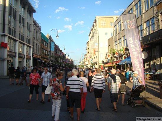 Centre Commercial Les Rivieres: Uma das ruas do centro de Trois-Rivières