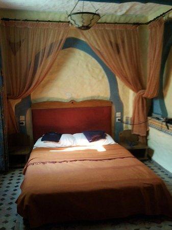 Riad Al Madina : orientalisches Zimmer