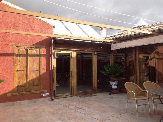Casa Rural La Puerta Mora: Terraza