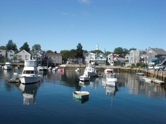 Rockport Inn and Suites: One mile walk to Rockport Harbor.