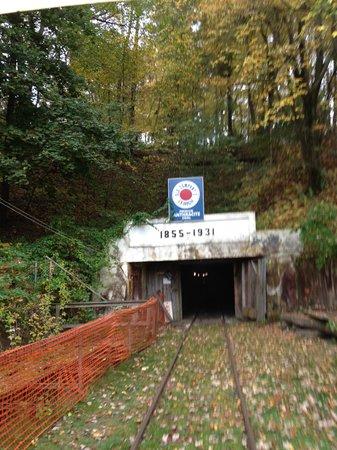 No. 9 Coal Mine & Museum: Entrance into the No. 9 Coal Mine