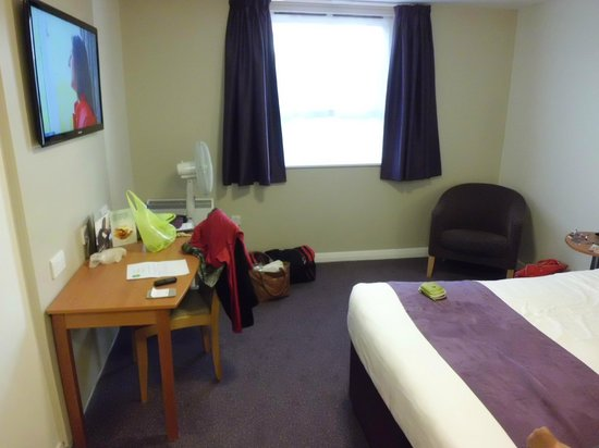 Premier Inn Oxford Hotel : Decent size.