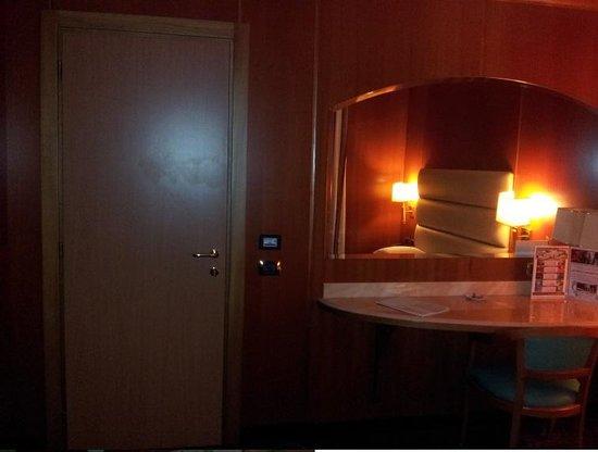 AS Hotel Limbiate Fiera: Camera comunicante.