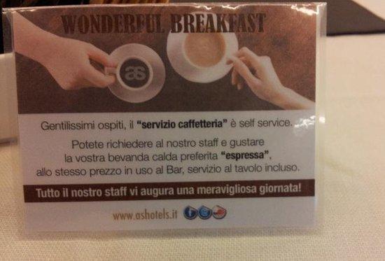 AS Hotel Limbiate Fiera: Espresso e bevande calde a pagamento a colazione.