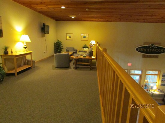 Birchwood Lodge: Nice sitting area on 2nd floor