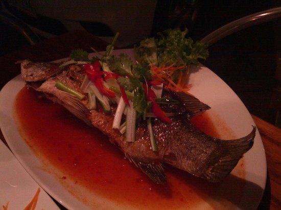 Siam by the Sea : Deep fried barramundi