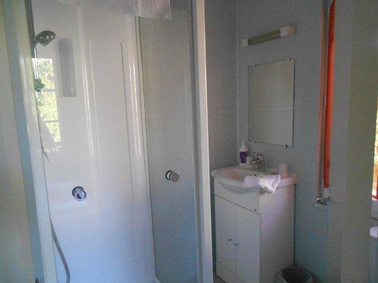 Hôtel Céline : Salle de bain
