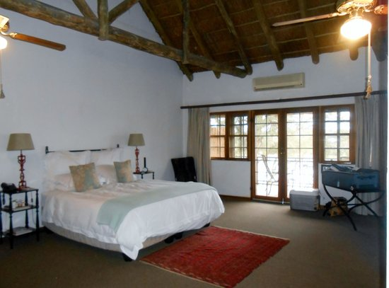 Buhala Lodge: The beautiful bedroom