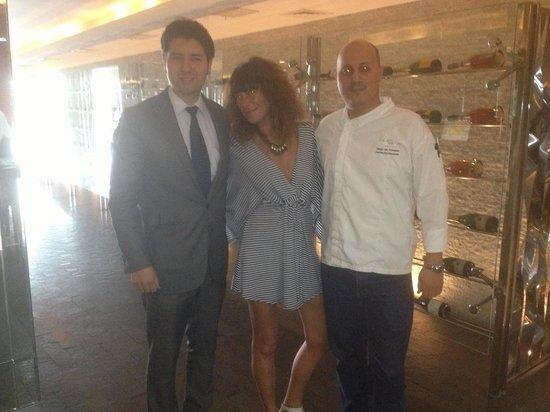 BTH Hotel: Con el chef y el encargado del hotel